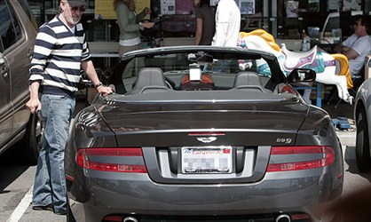 Aston Martin DB9 Volante - Stiven Spilberg