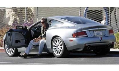 Aston Martin Vanquish - Pirs Brosnan