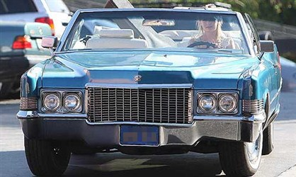Cadillac-u 1970 - Miša Barton