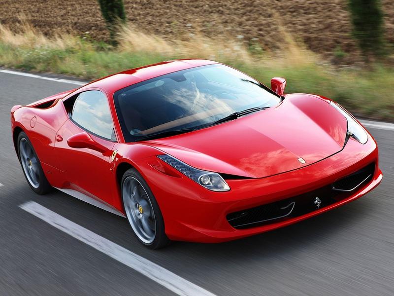 Ferrari povlači 200 automobila sa tržišta